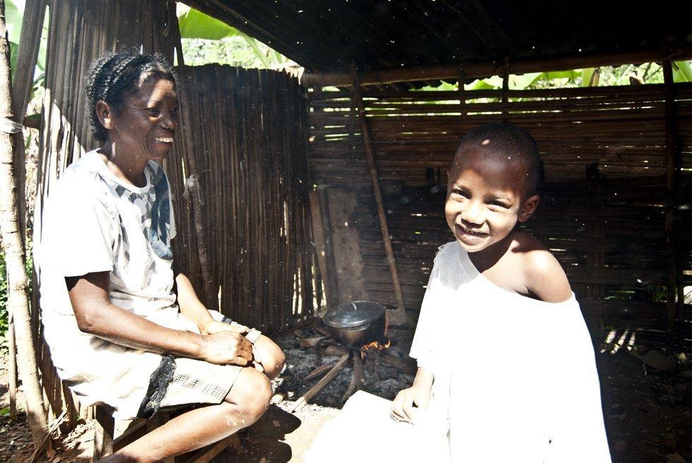 Fidéline, mother. Antalaha, Madagascar