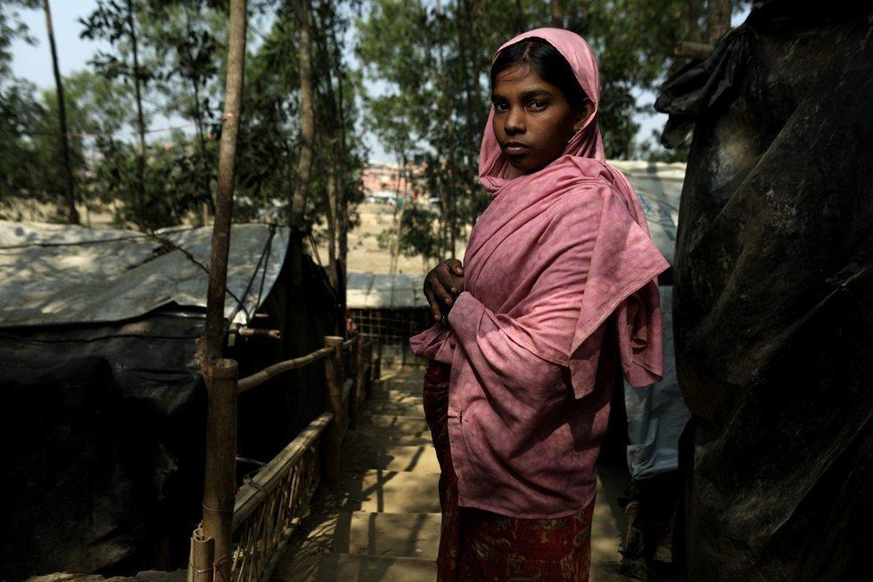 Asmida, 18, from Myanmar