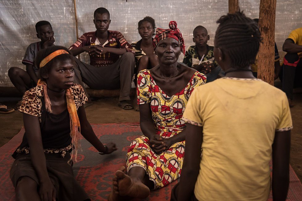 Refugees rehears a theatre play about gender-based violence in CARE's psychosocial support centre. Photo: Thomas Markert/CARE