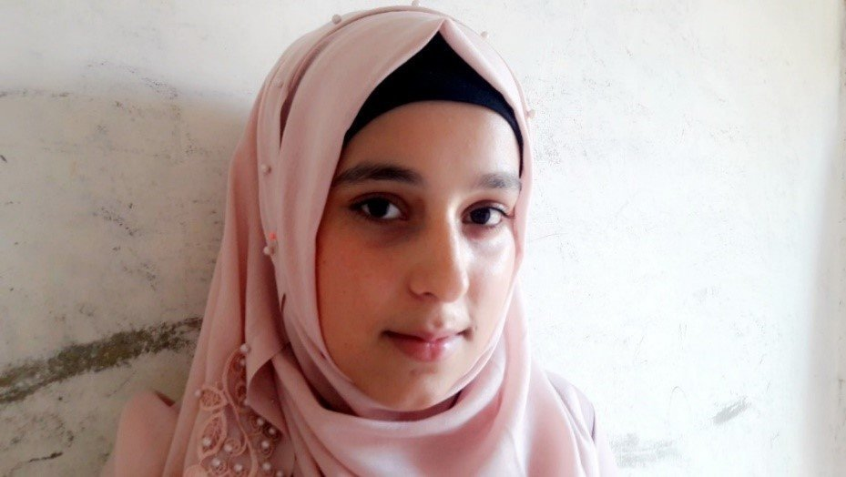 Bushra is 17 years old, from Syria. She wants to be an English teacher. Wafaa Obeid/CARE