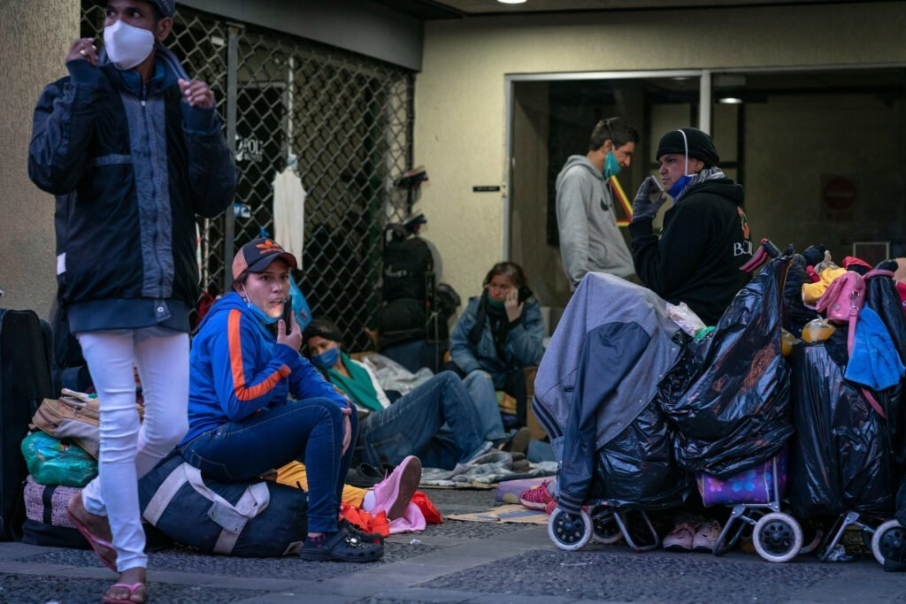 In Ecuador, CARE is distributing cash, food, medicine and other supplies to marginalized groups including Venezuelan refugees and migrants, sex workers, and people living with HIV/AIDS.