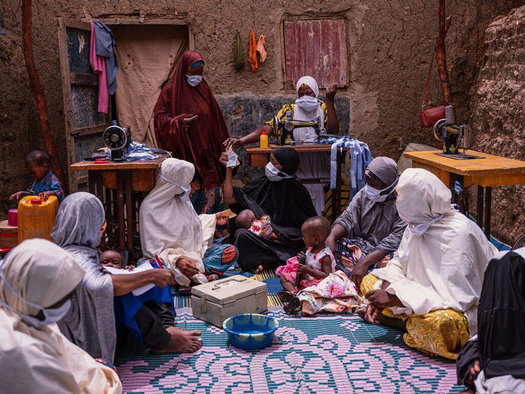 Aïchatou Cheitou, (33, 7 children) seamstress Maradi (Gourgi) - President of the MMD group Kyauta Mata in Niger. Photo: Ollivier Girard/CARE