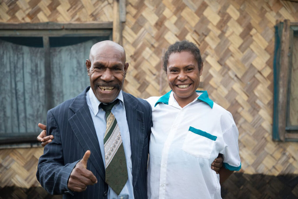In Papua New Guinea, Alice and Mike took part in CARE-supported training in financial planning and budgeting, farming techniques, and the importance of sharing farm and household responsibilities.