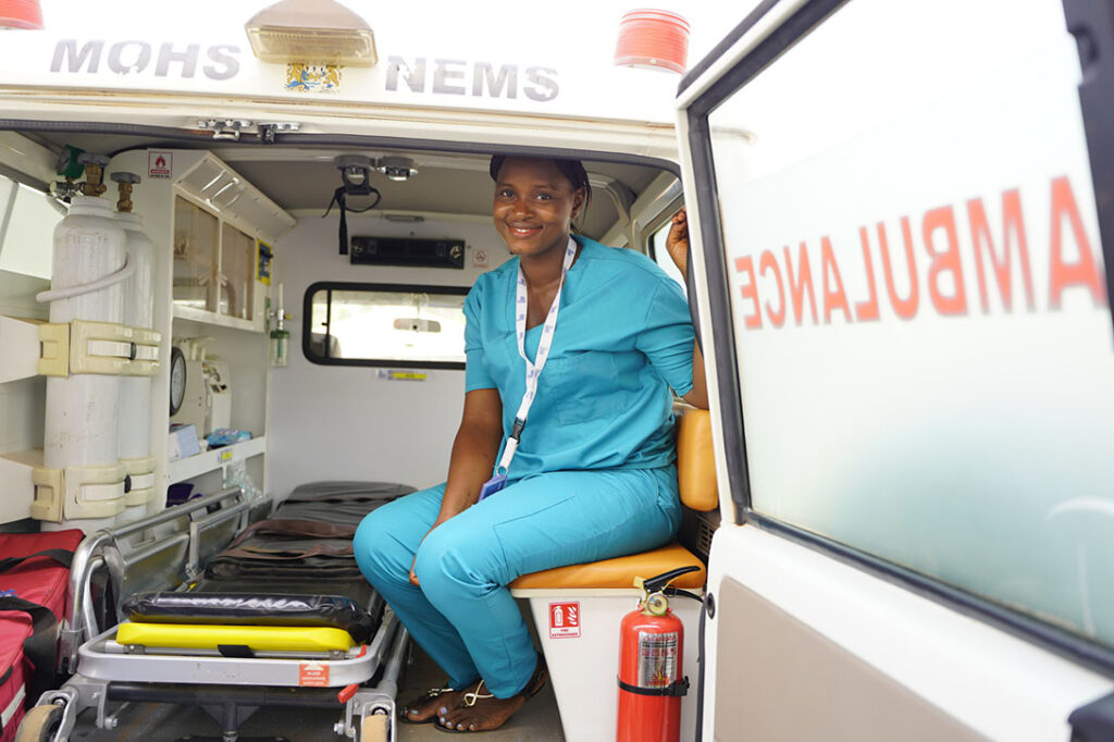 Ambulance Workers - Epidemic Control and Reinforcement of Health, Sierra Leone. Photo: Shantelle Spencer/CARE