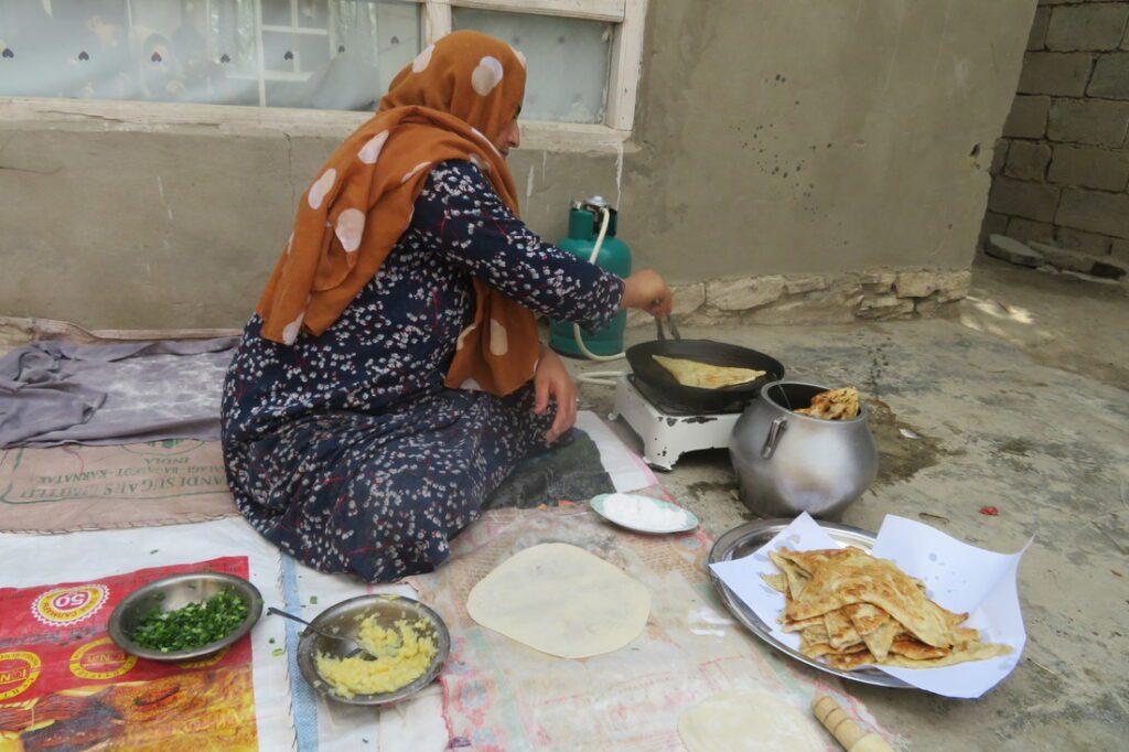 Safora making Bolani
