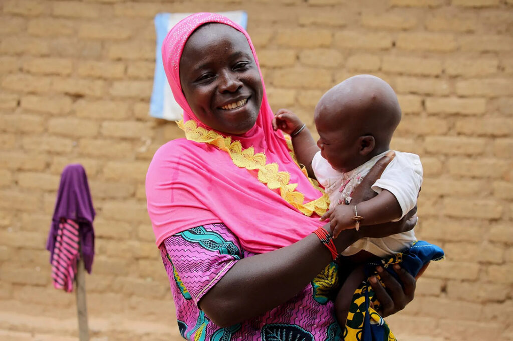 Village Savings and Loan Association response in Mali. Elim/CARE Mali