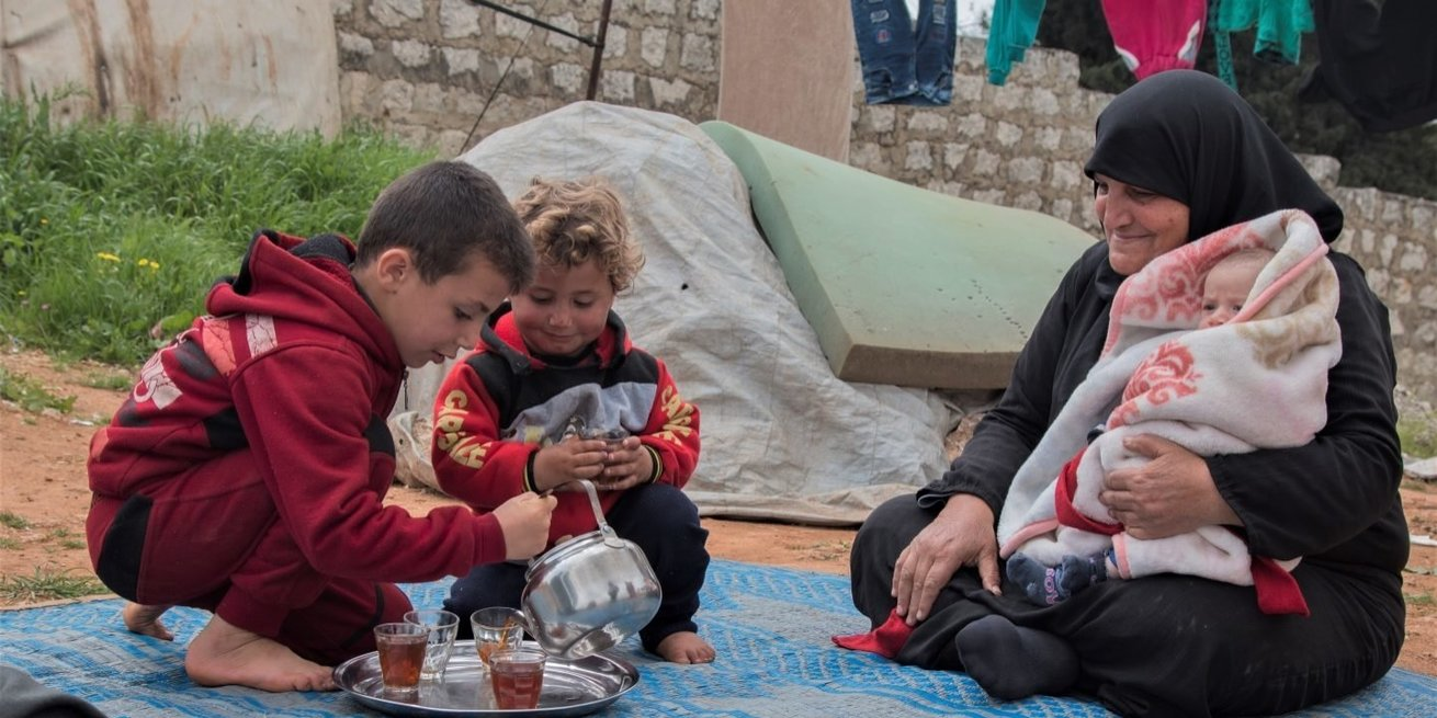 Displaced family in Idlib, Syria. Photo credit: Syria Relief.